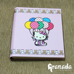 Album infantil de Hello Kitty